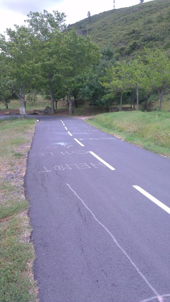 Allez! - cycling road graffiti near Nizas