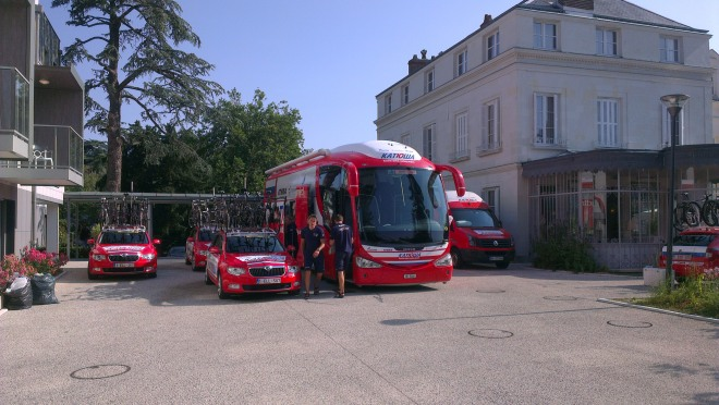 Katusha team vehicles in Tours