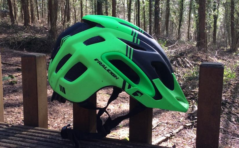 VCSE reviews – Raleigh Magni MTB helmet